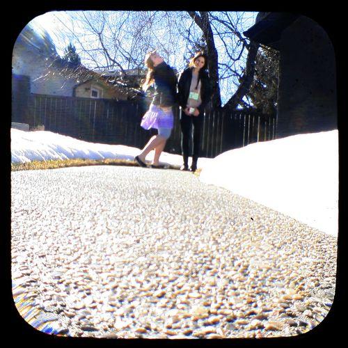 GirlsSidewalk2