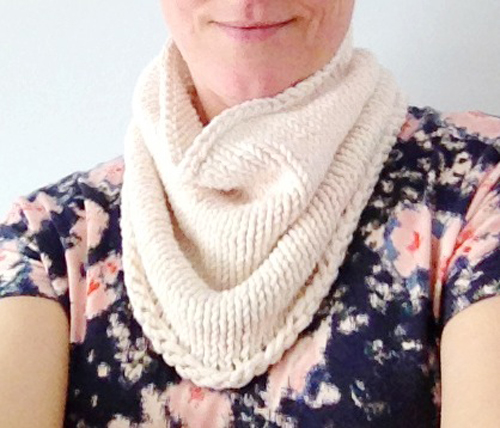 Spring-knit-cowl-1