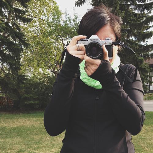 Vintage-camera-shooting