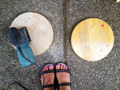 5-Sanding-wood