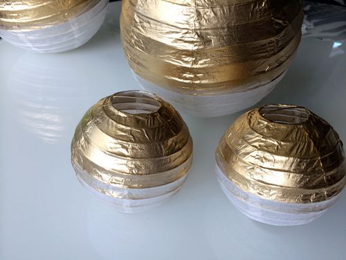 Gold-Painted-Spheres